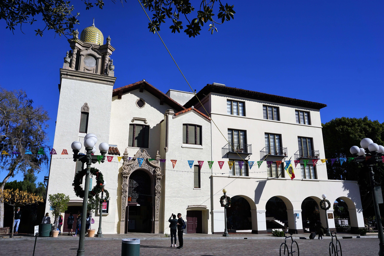 La Plaza Methodist Church and the Mexican Consulate